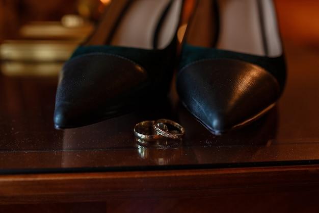 Accessoires De Mariage Mariée Le Jour Du Mariage Photo Premium