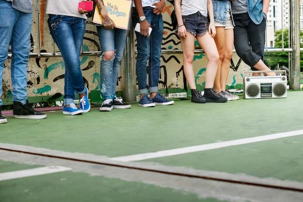 Adolescents mode de vie décontracté culture jeunesse concept Photo gratuit
