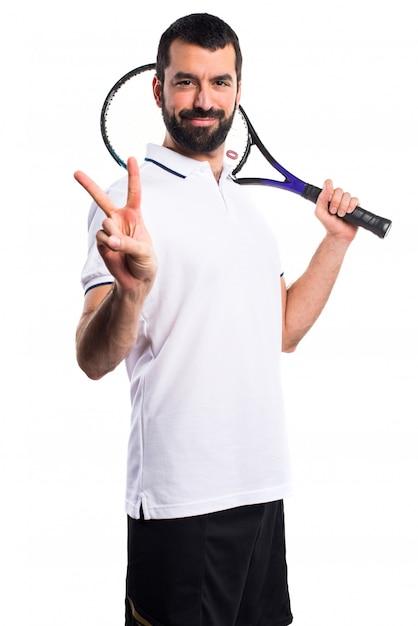 Adulte célébrant le plaisir de tennis sportif Photo gratuit
