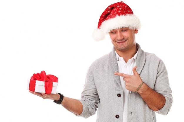 Adulte Décontracté Avec Un Chapeau De Noël Photo gratuit