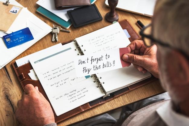 Agenda De Planification Hebdomadaire Organiser Le Concept De Liste De Tâches Photo Premium