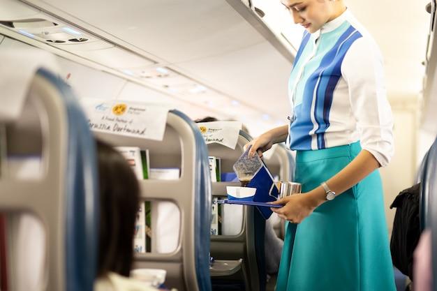 Agent de bord de bangkok airways Photo Premium