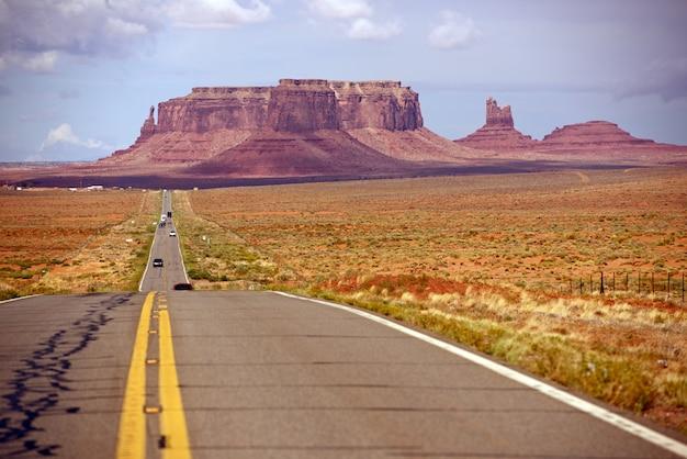 American desert highway Photo gratuit