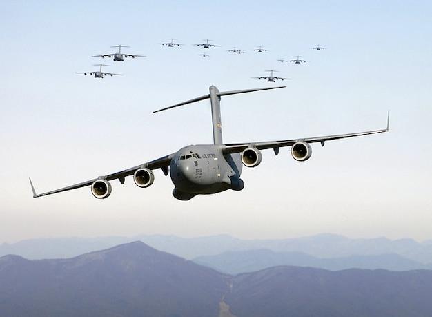 Amgriff De Transport Militaire Bombardier Photo gratuit