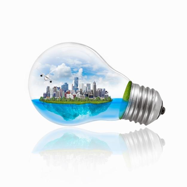 Ampoule avec énergie respectueuse de l'environnement. Photo Premium