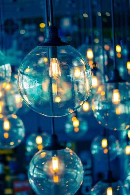 Ampoule en tungstène, ancien style design vintage. Photo Premium