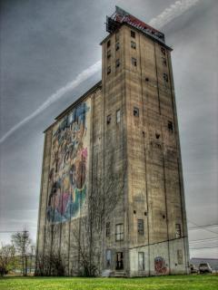 Ancien silo Photo gratuit