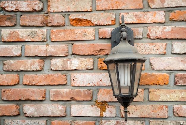 Ancienne Lampe Sur Le Mur Photo gratuit