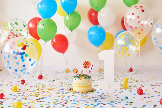 Anniversaire 1 année cake smash decor Photo Premium