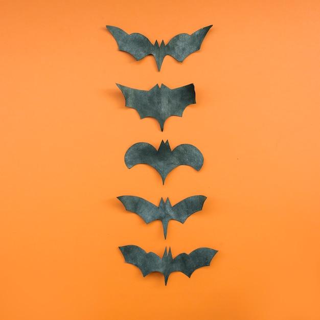 Application avec des chauves-souris formant une rangée Photo gratuit