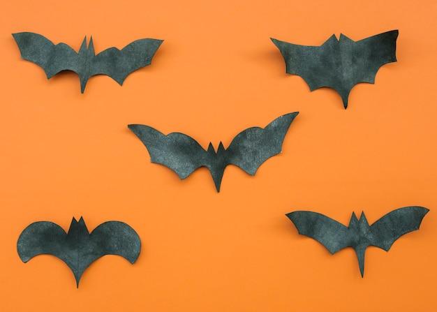 Application en orange et en noir avec des chauves-souris Photo gratuit