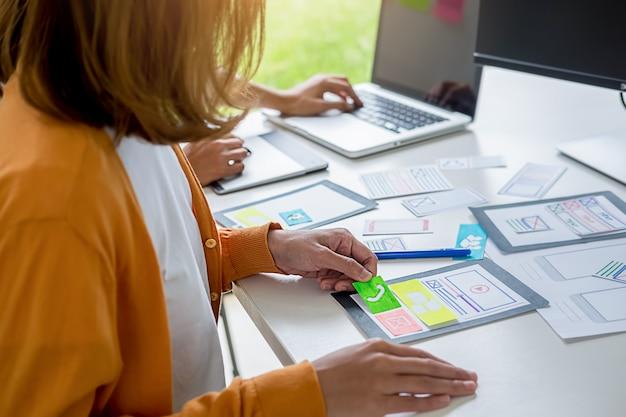 Application de planification creative web designer et mise en forme de modèles. Photo Premium