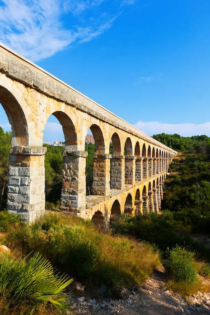 Aqueduc Romain à Tarragone Photo gratuit