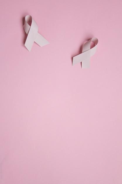 Arc symbolique de couleur rose pour la sensibilisation au cancer du sein en octobre Photo Premium