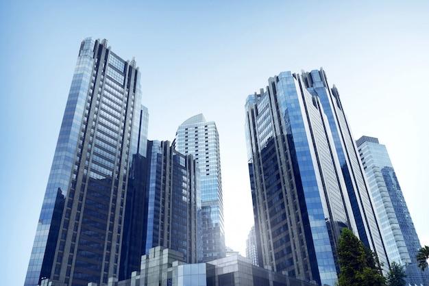 Architecture de bureau d'affaires avec immeuble de grande hauteur dans une ville commerciale Photo Premium