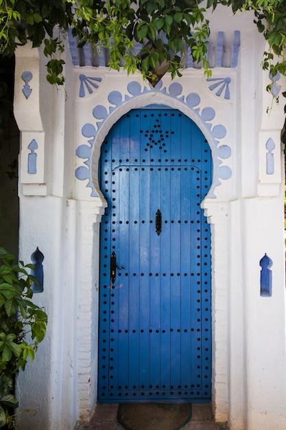 Architecture De La Porte De Chefchaouen Photo Premium