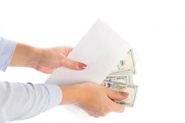 Argent dans une enveloppe, corruption, Photo Premium