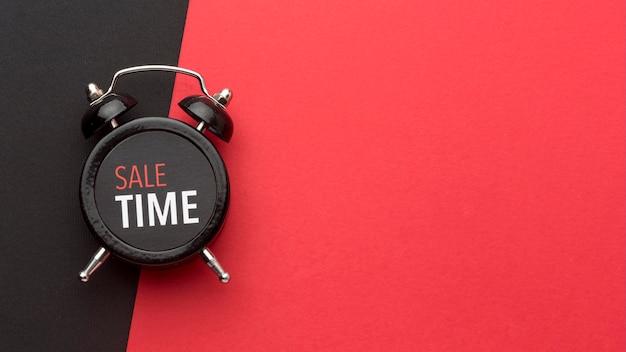 Arrangement De L'horloge Du Vendredi Noir Avec Espace Copie Photo gratuit