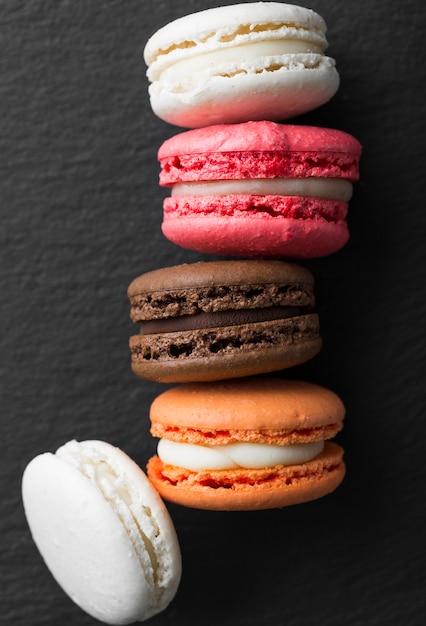 Arrangement De Macarons Vue De Dessus Photo gratuit