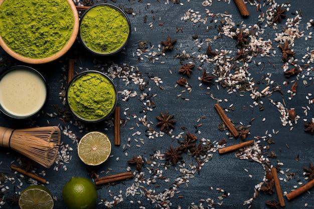 Arrangement Vue De Dessus D'ingrédients Asiatiques Thé Matcha Photo gratuit