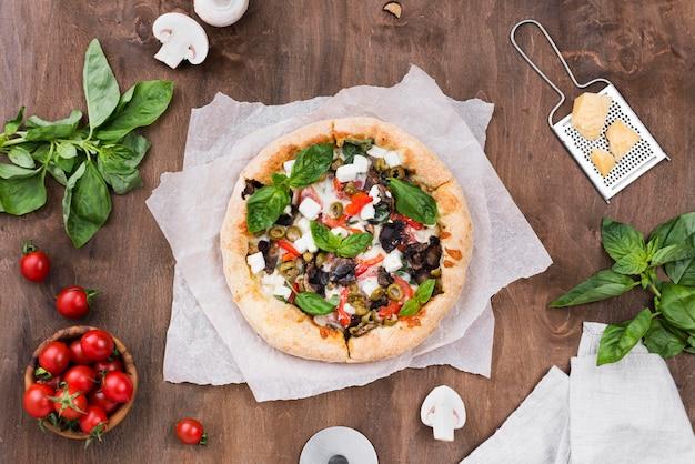 Arrangement De Vue De Dessus Avec Pizza Photo gratuit
