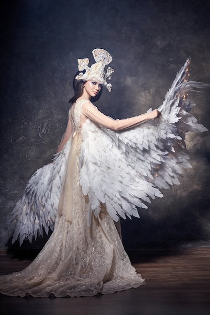 Art ange fille ailes image de fée. swan princess Photo Premium
