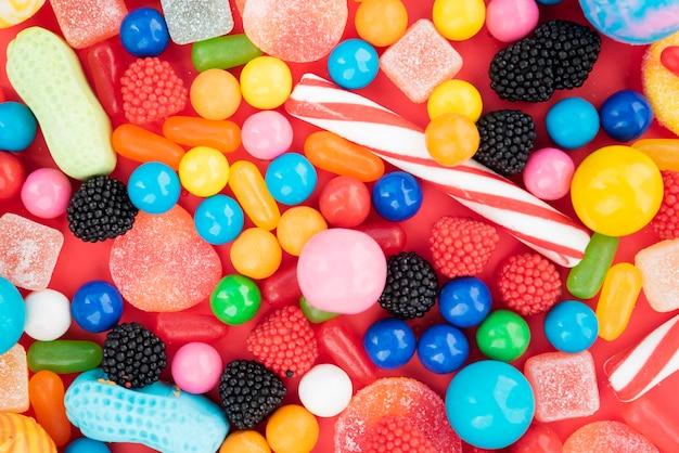 Assortiments de bonbons aromatisés Photo gratuit