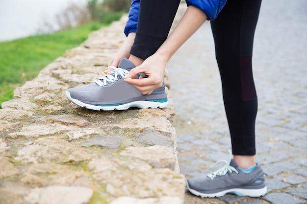 Athlète prête à courir Photo gratuit