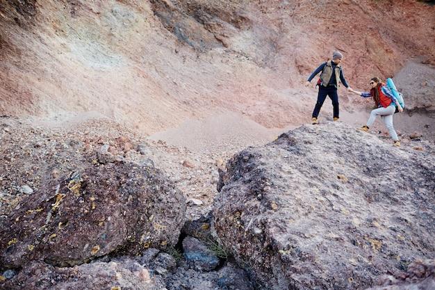 Aventurer des montagnes Photo gratuit