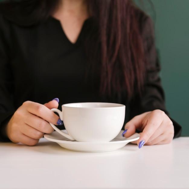 Avocat prendre un café Photo gratuit