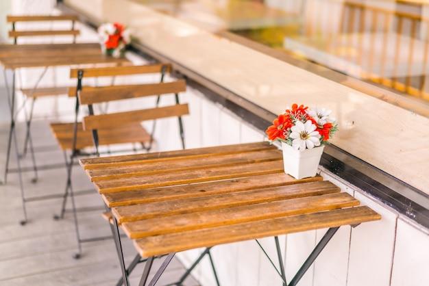 Balcon Hôtel Beau Restaurant Relaxation Photo gratuit