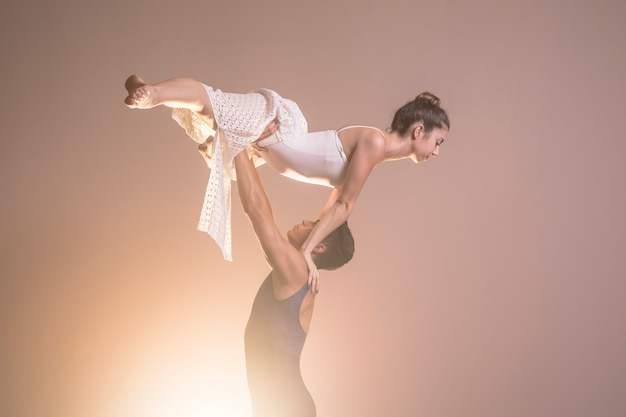 Ballerine vue côté, tenu, haut Photo gratuit