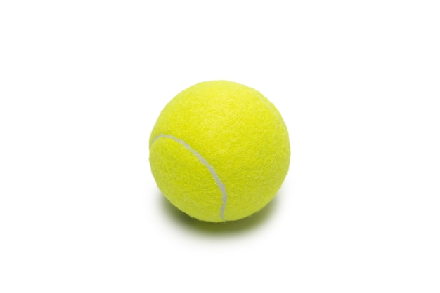 Balles De Tennis Isolés Sur Fond Blanc. Photo Premium