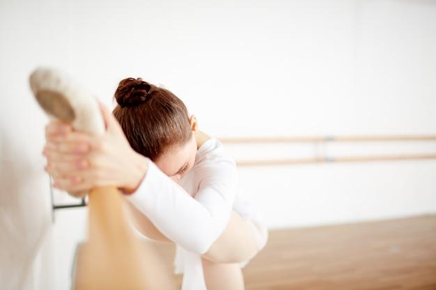 Ballet stretching Photo gratuit