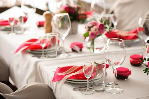 Banquet Dans Un Restaurant, Fête Dans Un Restaurant Photo Premium