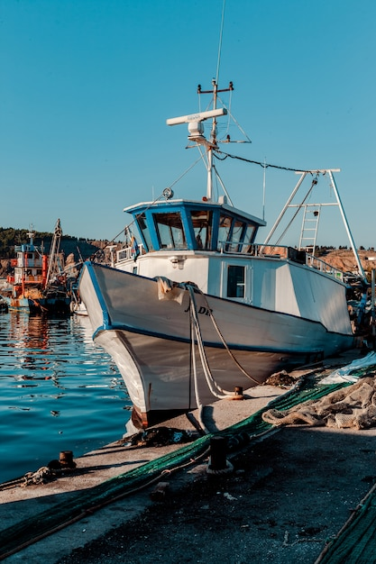 Bateau de pêche Photo Premium
