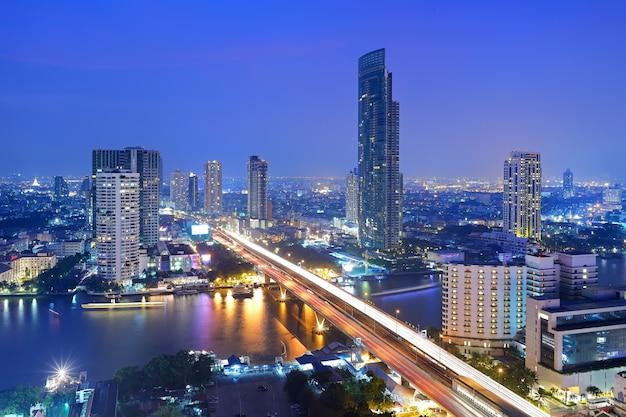 Bâtiment de bangkok Photo Premium