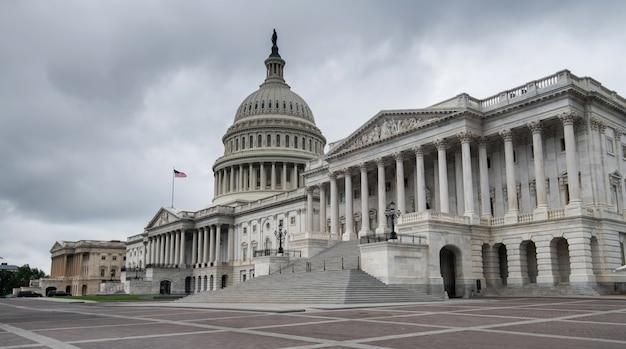 Le bâtiment du capitole des états-unis à washington dc, états-unis d'amérique Photo Premium