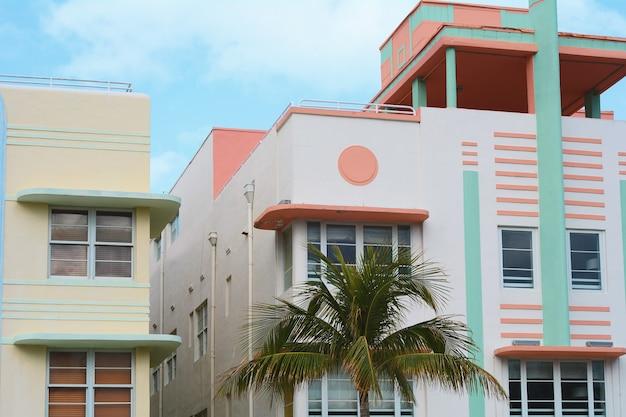 Bâtiments art déco à miami, en floride Photo Premium
