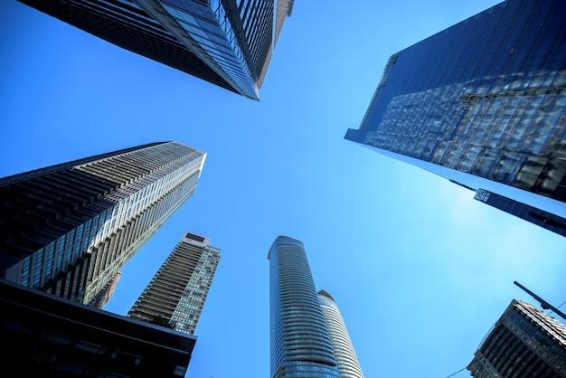 Bâtiments modernes dans la ville de toronto Photo Premium