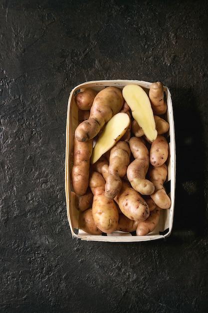 Bayard de pommes de terre crues Photo Premium
