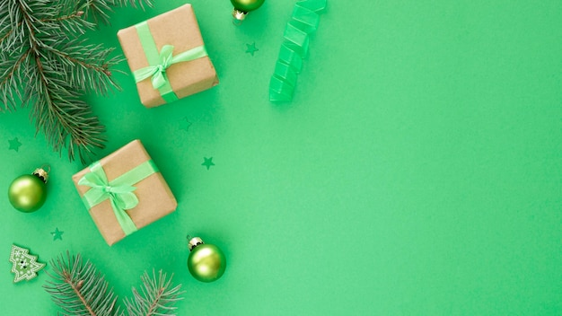 Beau Concept De Réveillon De Noël Avec Espace Copie Photo gratuit