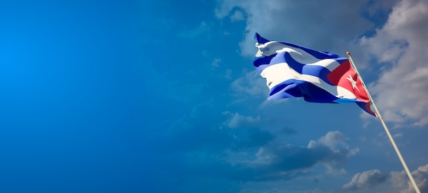 Beau Drapeau National De Cuba Sur Ciel Bleu Photo Premium