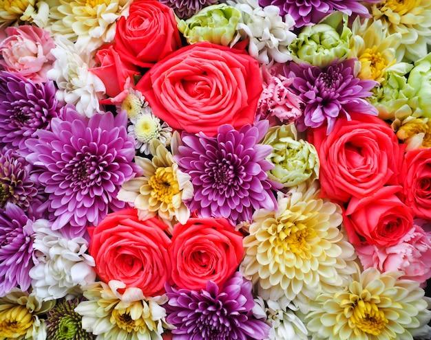 Beau fond de fleurs pour la scène de mariage Photo Premium