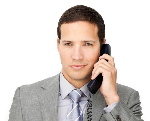 Beau homme d'affaires sur le téléphone Photo Premium