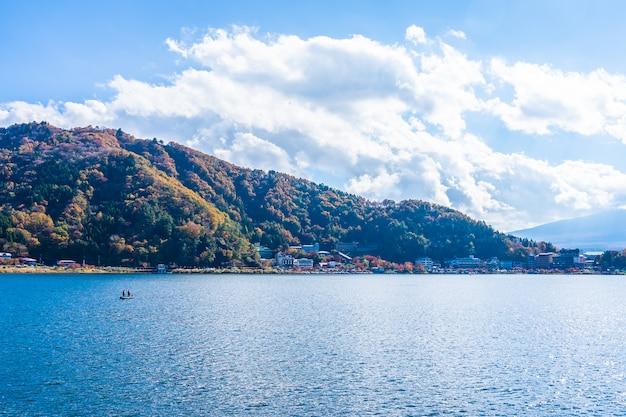 Beau paysage autour du lac kawaguchiko Photo gratuit