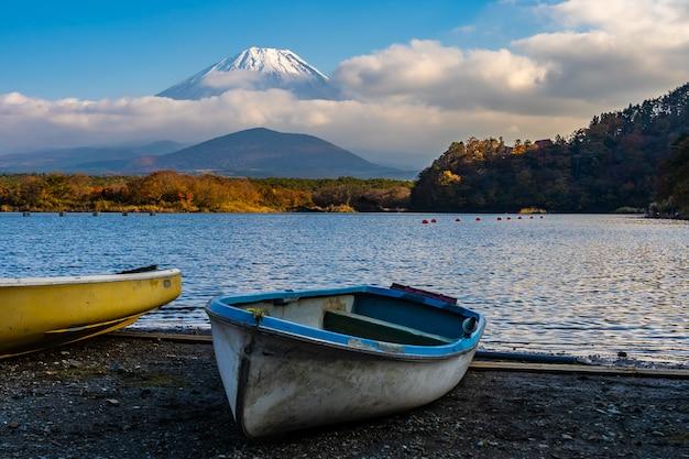 Beau paysage de montagne fuji Photo gratuit