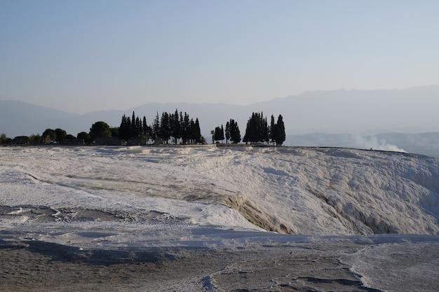 Beau Paysage De Travertins De Pamukkale à Pamukkale Turquie Photo gratuit