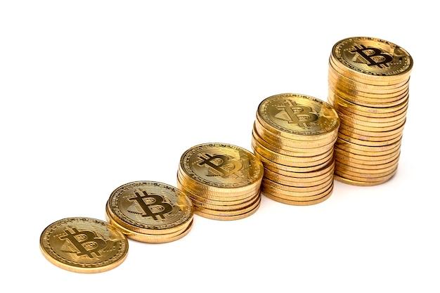 Beaucoup De Bitcoin Doré Brillant Sont Empilés Photo Premium