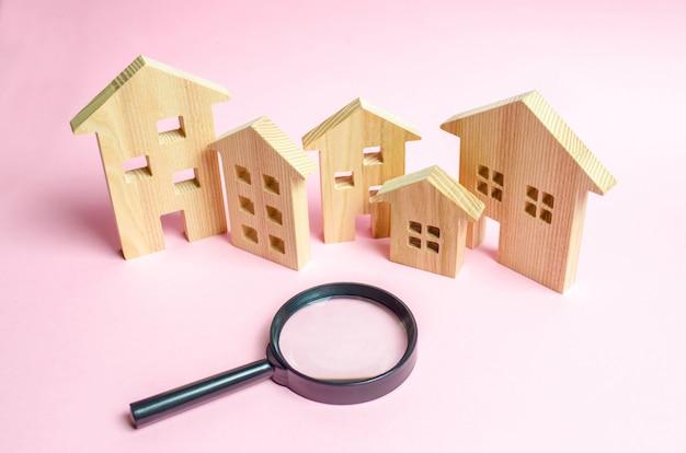 Beaucoup de maisons en bois Photo Premium